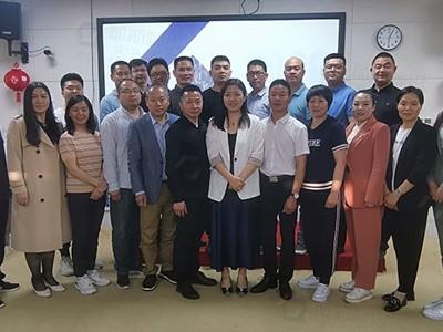 前期标识总经理何洪亮:荣获河南牛商学习部部长